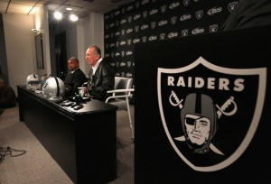 Oakland Raiders: 2011 Mock Draft
