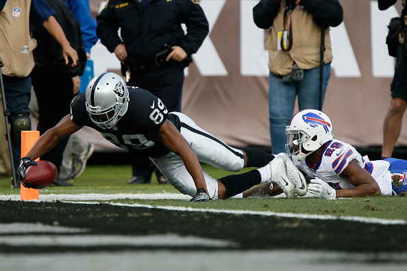 Buffalo Bills v Oakland Raiders